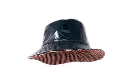 Cappello impermeabile e reversibile Grevi in pied de poule e vernice
